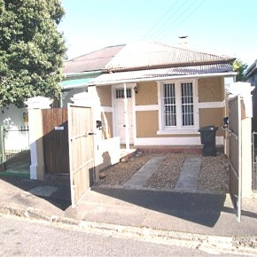 16 Scott Road, Observatory