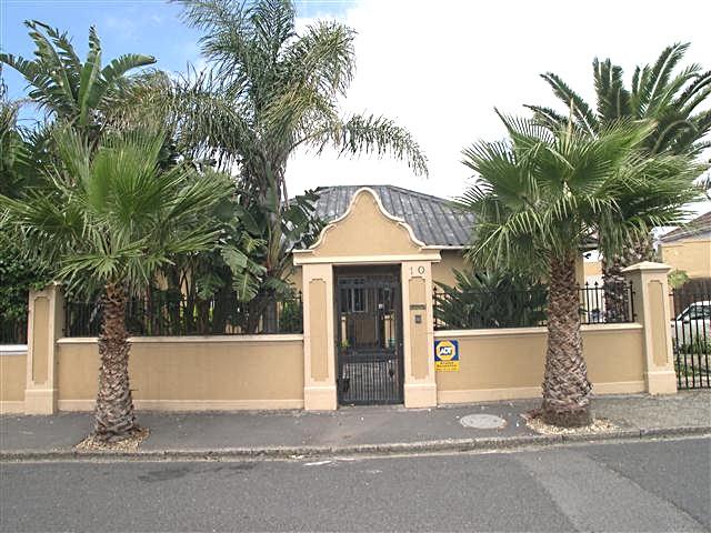 10 Burham Road, Observatory