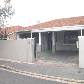 12 Wrensch Road, Observatory